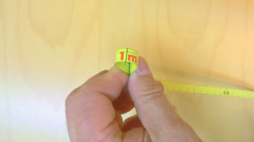 Mittanauha taitetaan kaksinkerroin metrin kohdalta.